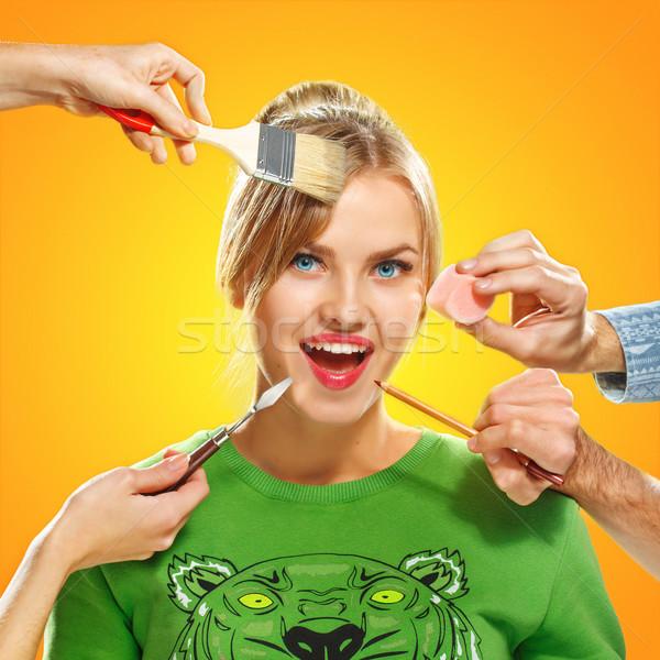 Manos maquillaje esponja cepillo lápiz Foto stock © master1305