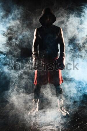 Genç kickboks genç erkek atlet ayakta Stok fotoğraf © master1305