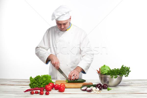 Zdjęcia stock: Kucharz · cięcie · zielone · ogórek · kuchnia · biały