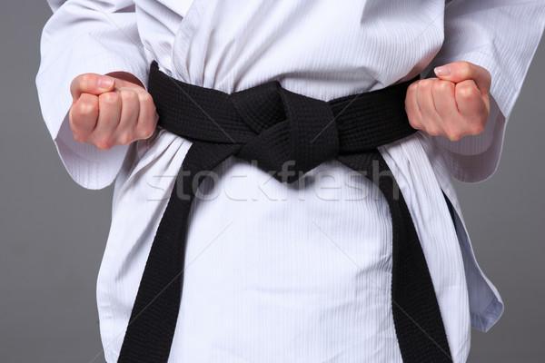 Foto stock: Karate · nina · negro · cinturón · manos · blanco