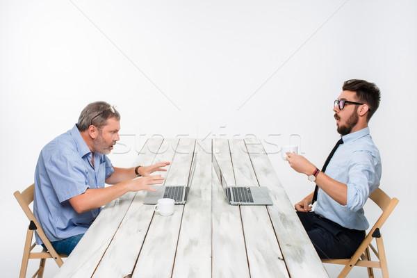 Due colleghi ufficio bianco entrambi Foto d'archivio © master1305