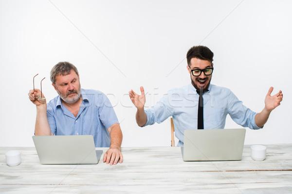Dos colegas oficina blanco ambos Foto stock © master1305