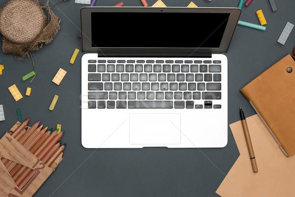 Сток-фото: таблице · компьютер · цветы · Top
