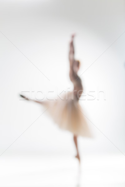 Elmosódott sziluett ballerina fehér tánc háttér Stock fotó © master1305