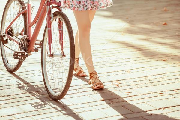 若い女の子 自転車 公園 夏 女性 草 ストックフォト © master1305