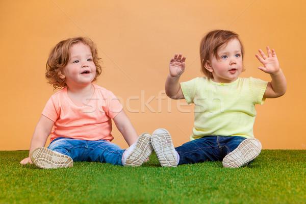 Heureux drôle fille soeurs jouer Photo stock © master1305