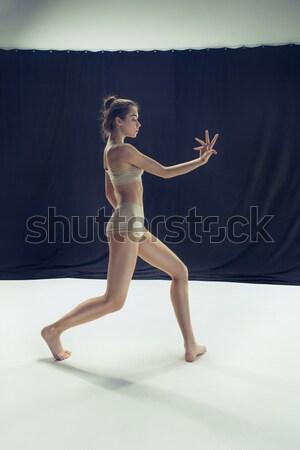 Ballerina zwarte poseren schoenen studio grijs Stockfoto © master1305