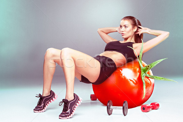 Deportivo mujer ejercicio tomate fitness Foto stock © master1305