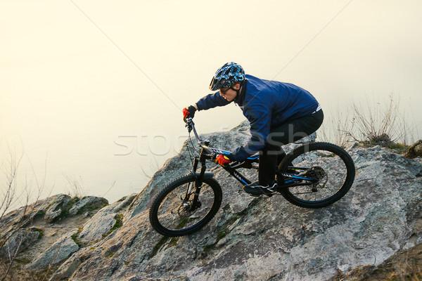 Bisikletçi binicilik dağ bisikleti kaya doğa sporları uzay Stok fotoğraf © maxpro