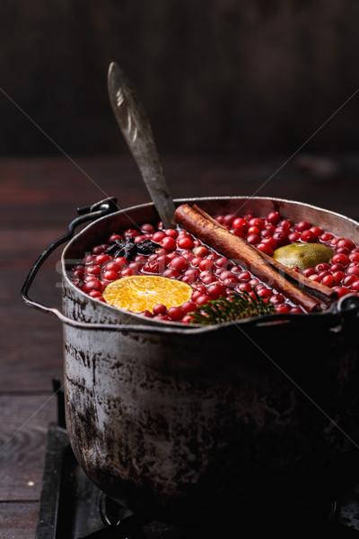 Mandarim vinho romã rústico Foto stock © maxsol7