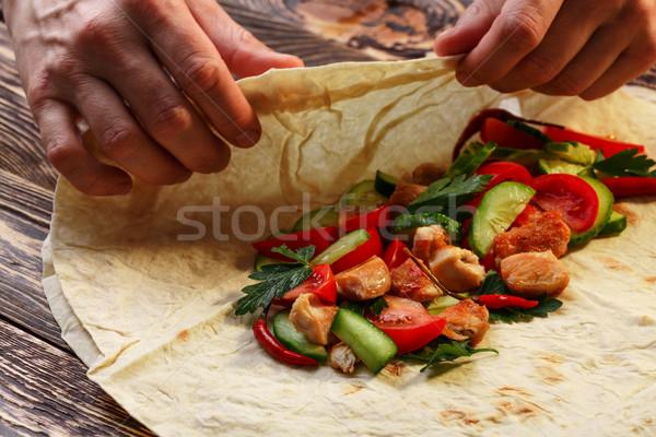 Tradicional frango legumes mão Foto stock © maxsol7
