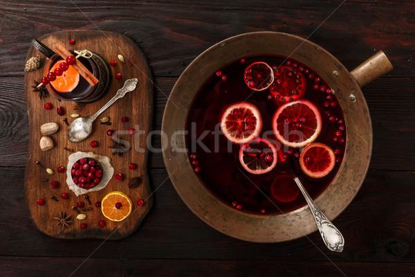 Agrios vino ingredientes oscuro mesa de madera Foto stock © maxsol7