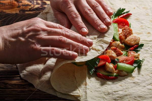 Mani tradizionale pollo verdura Foto d'archivio © maxsol7