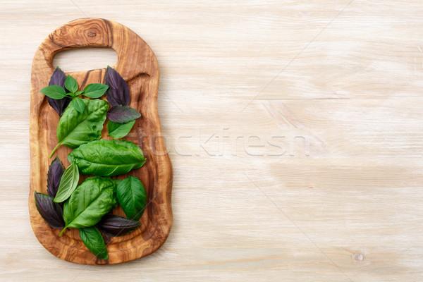 Manjericão mesa de madeira oliva madeira tempero Foto stock © maxsol7
