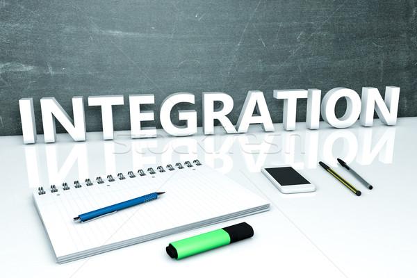 Integração texto quadro-negro caderno canetas telefone móvel Foto stock © Mazirama