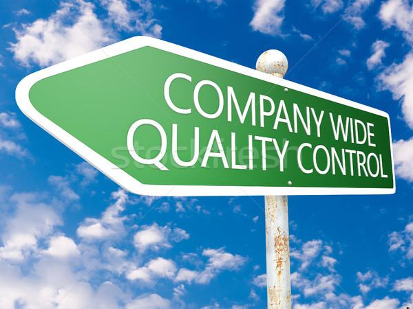 Bedrijf breed kwaliteitscontrole straat teken illustratie blauwe hemel Stockfoto © Mazirama