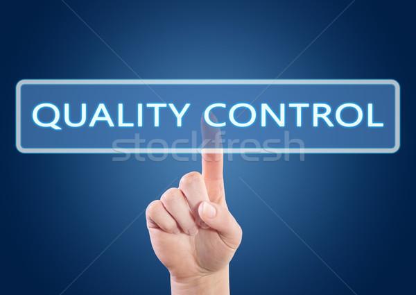 Control de calidad mano botón interfaz azul Foto stock © Mazirama