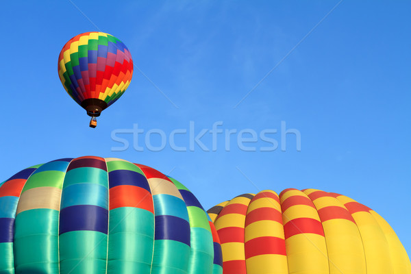 Chaud air ballons ciel bleu ciel couleur Photo stock © mblach