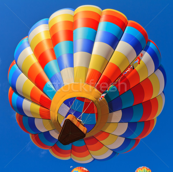 Luchtballon kleurrijk hemel sport Blauw leuk Stockfoto © mblach