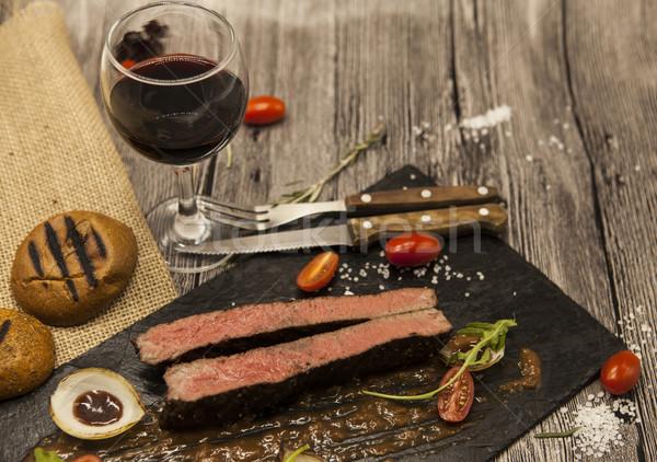 Biftek mermer sığır eti et sebze barbekü sosu Stok fotoğraf © mcherevan