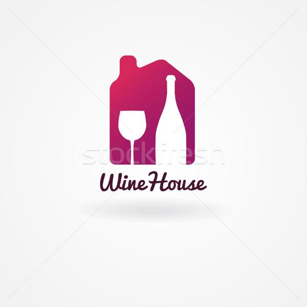 Logo label ontwerp wijn wijnmakerij huis Stockfoto © mcherevan