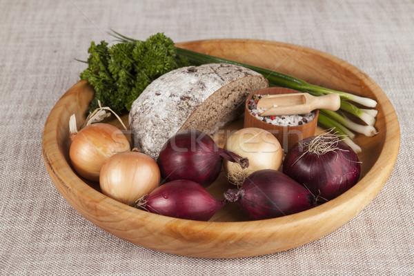 Uien bruin brood houten dienblad peterselie Stockfoto © mcherevan