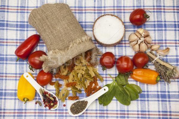Italiano pasta establecer creación tomates cherry aceite de oliva Foto stock © mcherevan