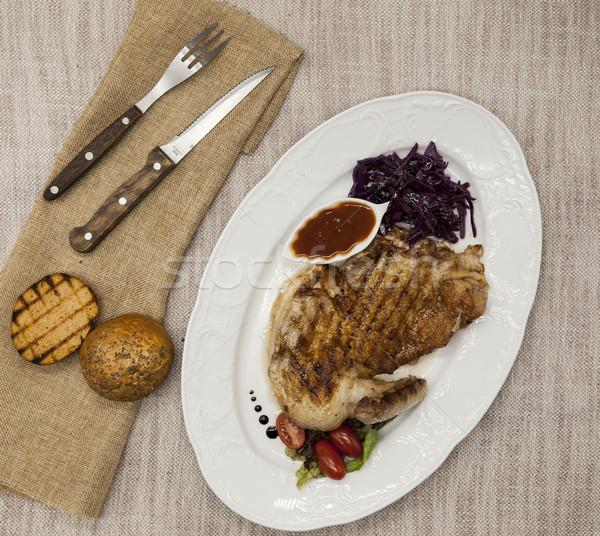 Foto stock: Jugoso · pollo · asado · hortalizas · salsa · de · tomate · servido