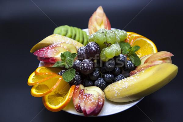 Prato fresco frutas férias banana uvas Foto stock © mcherevan