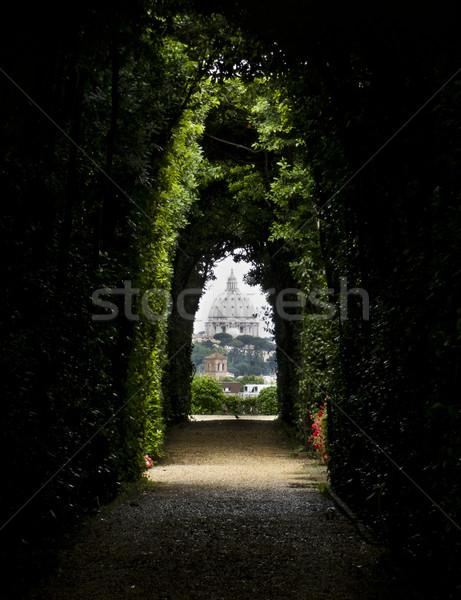 ドーム バシリカ 有名な 前方後円墳 ヴィラ ストックフォト © mdfiles