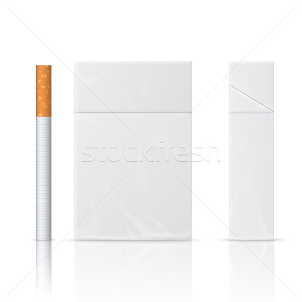 Realistyczny papierosów opakowanie odizolowany biały doskonały Zdjęcia stock © Mediaseller