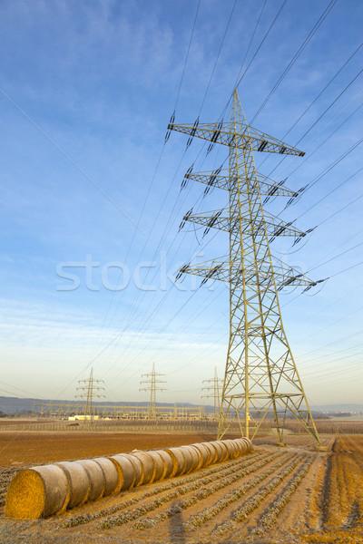 Elektomos torony vidéki táj bála szalmaszál égbolt Stock fotó © meinzahn