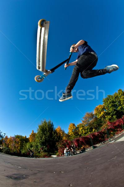 Stock fotó: Gyermek · moped · boldog · sport · haj · fitnessz