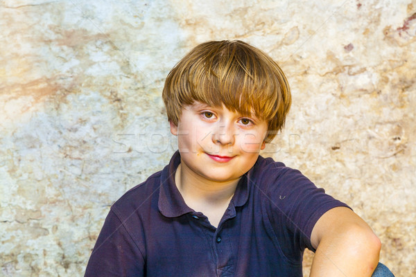мальчика погреб Spotlight старые кирпичная стена лице Сток-фото © meinzahn