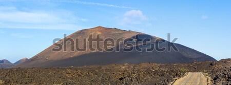 Vulkáni tájkép park Kanári-szigetek Spanyolország út Stock fotó © meinzahn