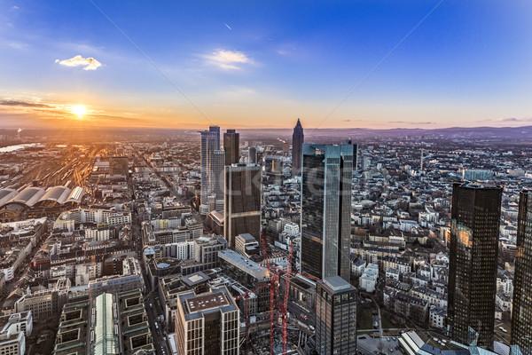 Panoramę Frankfurt rzeki główny wieżowce wieczór Zdjęcia stock © meinzahn