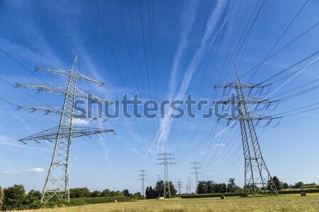 электрических электроэнергии высокий напряженность впечатляющий кабелей Сток-фото © meinzahn
