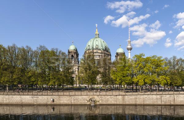 Kilátás Berlin kupola folyó égbolt nyár Stock fotó © meinzahn