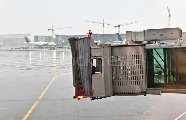 Dedo aeronaves Frankfurt pesado lluvia espera Foto stock © meinzahn