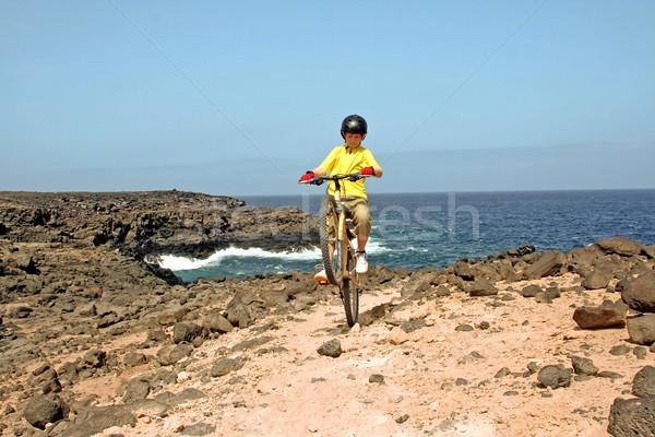 Stock fotó: Fiatal · srác · hegyi · kerékpár · turné · gyermek · költség · oldal