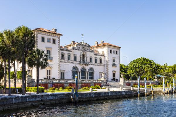 Miami múzeum vízpart kék ég égbolt víz Stock fotó © meinzahn