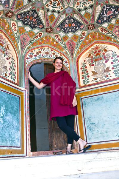 красивой кавказский женщину позируют янтарь форт Сток-фото © meinzahn