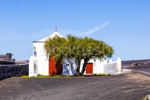 Mały malutki kaplica wiejski la wina Zdjęcia stock © meinzahn