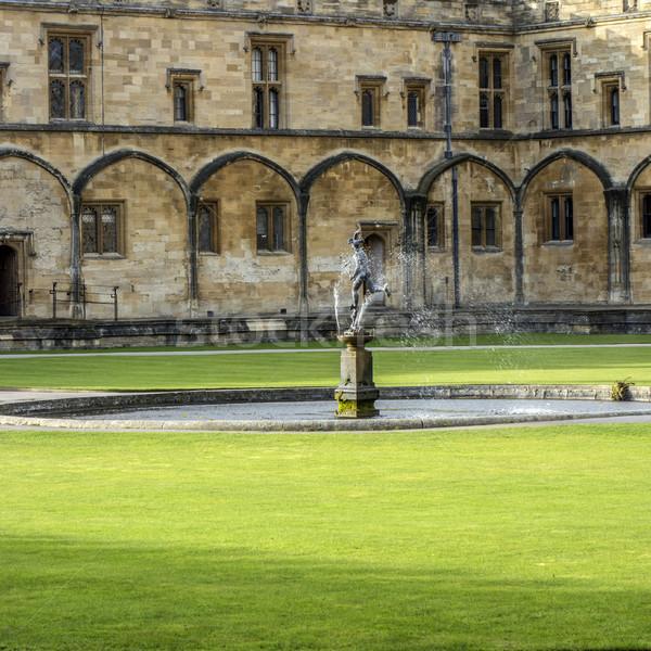 çeşme Mesih kilise kolej oxford Büyük Britanya Stok fotoğraf © meinzahn