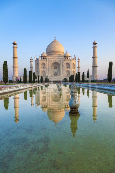 Taj Mahal India tükröződés víz égbolt kék Stock fotó © meinzahn