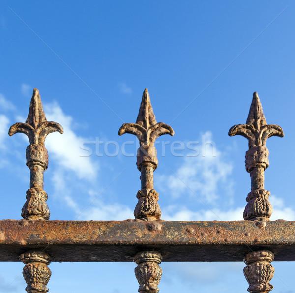 ржавые забор Blue Sky небе фон безопасности Сток-фото © meinzahn