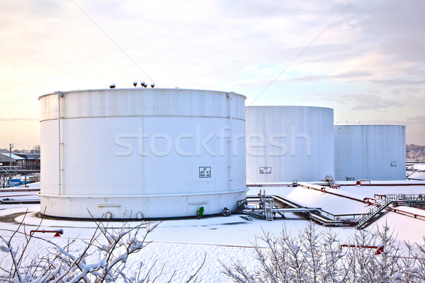 Beyaz tank çiftlik kar kış demir Stok fotoğraf © meinzahn