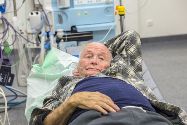 Beteg idős sürgősségi ellátás férfi új kórház Stock fotó © meinzahn