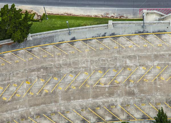 Pusty parking parlament budynku samochodu przestrzeni Zdjęcia stock © meinzahn