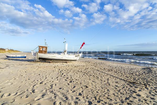Csónak tengerpart Balti-tenger nap óceán kék Stock fotó © meinzahn